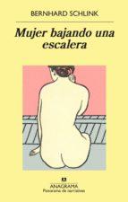 Mujer bajando una escalera (ebook)
