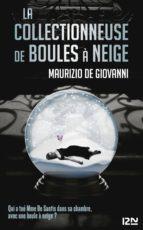 LA COLLECTIONNEUSE DE BOULES À NEIGE