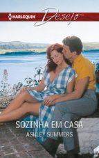 SOZINHA EM CASA